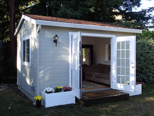 1000 images about shed room ideas on pinterest for Outside office shed